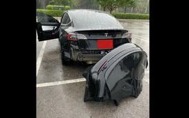 Cản hậu Model 3 vừa mua đã 'cuốn theo chiều gió', Tesla từ chối bảo hành