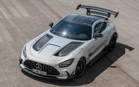Mercedes-AMG phá vỡ 2 kỷ lục tốc độ đường đua Nurburgring, một chiếc xe AMG đạt danh hiệu xe thương mại nhanh nhất thế giới
