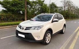 7 năm chạy gần 100.000km, Toyota RAV4 vẫn đắt ngang Mazda CX-5 'đập hộp'