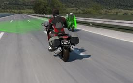 BMW đưa hệ thống kiểm soát hành trình lên xe máy