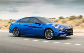 Ra mắt Hyundai Elantra N Line: Động cơ 1.6L tăng áp, có bản số sàn