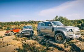 Land Rover Defender 'tỉ thí' off-road Mercedes-Benz G-Class, đại gia Việt cần xem trước khi xuống tiền