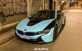 BMW i8 của doanh nhân kinh doanh online nổi bật với hai tông màu độc đáo, biển số gây chú ý hơn cả