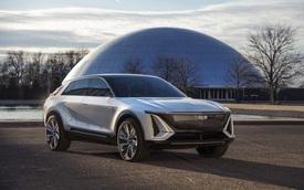 Cadillac Lyriq lần đầu lộ diện ngoài đời thực - Đối thủ của BMW iX