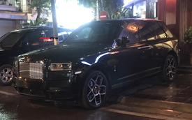 Bắt gặp Rolls-Royce Cullinan Black Badge đầu tiên về Việt Nam, giá bán là điều gây tò mò