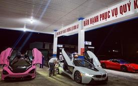 Dàn siêu xe Sài Gòn trị giá trăm tỷ tụ hội: Màu sắc sặc sỡ, một chiếc giống trong phim hoạt hình