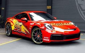 Porsche 911 Carrera 'lột xác' với lớp áo lấy cảm hứng từ nhân vật hoạt hình Lightning McQueen