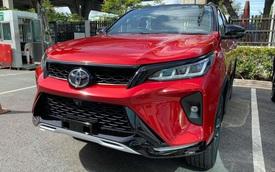 Đại lý nhận đặt cọc Toyota Fortuner Legender 2021: Nhiều người Việt mong chờ, khai tử bản TRD Sportivo