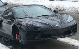 Méo mặt khi Chevrolet C8 Corvette bạc tỷ bị trộm cuỗm sạch 4 lốp xe