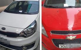 2 ô tô đỗ trước đầu ngõ và 2 mảnh giấy nhắn khiến chủ xe chuyển từ vui vẻ sang ngại ngùng, xấu hổ