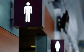 Cách sử dụng nhà vệ sinh công cộng an toàn, tránh lây nhiễm COVID-19