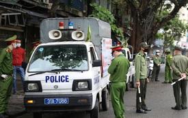 Hai chủ gara ô tô ở Hà Nội bị phạt 15 triệu đồng vì vẫn mở cửa, tụ tập đông người trong mùa dịch Covid-19