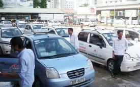Tài xế taxi, grab lao đao vì trả lãi vay mua xe