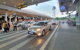 """Xử lý nghiêm tài xế taxi """"chê khách gần"""" ở sân bay Tân Sơn Nhất"""