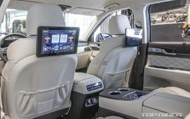 Ảnh thực tế Hyundai Palisade phiên bản VIP tại đại lý: Ghế sau đúng chất ông chủ, xịn không kém Maybach, giá quy đổi hơn 1,1 tỷ đồng