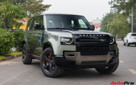 Cận cảnh Land Rover Defender 110 X giá lăn bánh hơn 7 tỷ đồng của dân chơi Hà Thành
