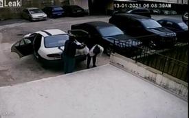Nhầm chân nhấn ga, nữ tài xế phi xe từ nóc tòa nhà xuống đất