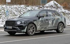 Bentley Bentayga phiên bản siêu dài một lần nữa lộ diện, để lộ chi tiết cửa hông khác lạ