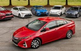 Cùng 'dắt tay nhau' đi xuống nhưng Toyota bất ngờ lật đổ ngôi vị số 1 của Volkswagen sau 5 năm