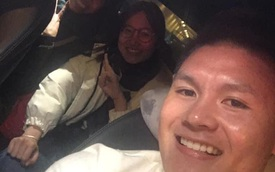Dân tình share rầm rộ ảnh Quang Hải cho 2 cô giáo quá giang trên con Mẹc lừng lẫy MXH một thời