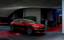 Trễ hẹn giao xe 'hot', Ford chơi lớn tặng 2.000 USD để khách hàng mua xe khác