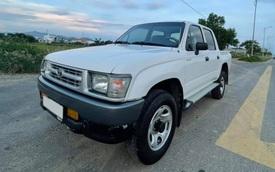 Toyota Hilux 'trong truyền thuyết' bán giá ngang ngửa Honda SH sau 20 năm, CĐM đua nhau hỏi mua bằng được