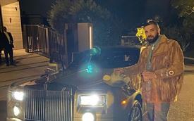 Rapper giàu bậc nhất thế giới được tặng chính chiếc Rolls-Royce hồi nghèo khó phải đi thuê để đánh bóng tên tuổi