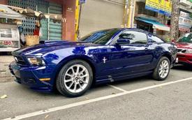 Ford Mustang 11 năm tuổi chạy 35.000km, giá bán lại 'chỉ' ngang... 2 chiếc Mazda3