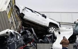 Mỹ: Kinh hoàng 130 xe gặp tai nạn liên hoàn, nằm chất đống