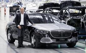 Mercedes-Maybach S-Class 2021 đầu tiên xuất xưởng, đánh dấu cột mốc 50 triệu xe rời khỏi dây chuyền sản xuất