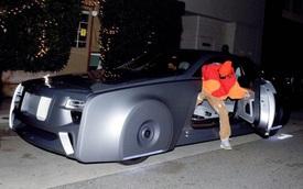 Justin Bieber bất ngờ xuất hiện với chiếc Rolls-Royce có một không hai