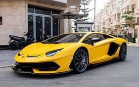 Lamborghini Aventador SVJ vàng quay lại Sài Gòn sau Tết, ngoại thất được 'lột xác' với thương hiệu quen thuộc