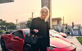 """""""Gương mặt vàng"""" trong làng review siêu xe: Xinh đẹp, nóng bỏng và kiếm hơn 1,4 triệu USD/năm"""