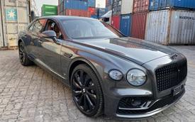 Đấu xe chính hãng, Bentley Flying Spur V8 First Edition nhập khẩu tư nhân chào giá hơn 18 tỷ đồng tại Việt Nam