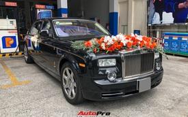 """Rolls-Royce Phantom """"Rồng"""" làm xe hoa tại Sài Gòn"""