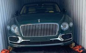 Thêm Bentley Flying Spur V8 thế hệ mới về Việt Nam, sở hữu màu sơn có giá ngang ngửa một chiếc moto phân khối lớn