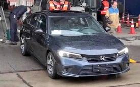 Honda Civic 2021 lần đầu lộ diện 'trần trụi' trên đường phố: Lột xác thiết kế, chờ ngày về Việt Nam