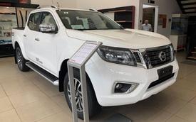 Nissan Navara giảm giá chưa từng thấy tại đại lý, quyết tâm dọn kho đón phiên bản 2021 ra mắt Việt Nam trong năm nay