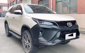 Biến Toyota Fortuner đời cũ thành bản Legender với giá 48 triệu đồng - Lựa chọn ít tốn kém cho dân chơi xe Việt Nam