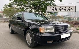Bốc biển 444.44, chủ xe Toyota Crown tuyên bố: 'Tôi bán biển tặng xe 23 tuổi năm giá 800 triệu'