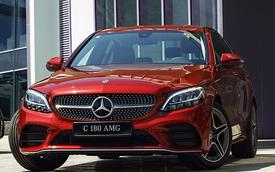 Mercedes C 180 AMG giá 1,5 tỷ tại VN: Thêm 100 triệu để như C 300, vẫn động cơ nhỏ nhưng có một điểm thay đổi vận hành