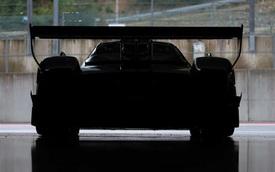 'Thần gió' mới Pagani Huayra R khoe đuôi xe với điểm khác so với chiếc của doanh nhân Minh Nhựa