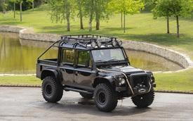 Land Rover Defender 110 SVX từng đóng phim 007 được rao bán công khai