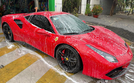 Ferrari 488 GTB của ca sĩ Tuấn Hưng đã về tay chủ mới, giá bán lại khoảng 12 tỷ đồng