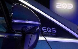 Là siêu phẩm công nghệ nhưng Mercedes-Benz EQS lại dùng chiếc gương gây tranh cãi và đây là giải thích của người trong cuộc