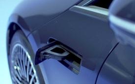 Lý giải chi tiết lạ xuất hiện bên hông Mercedes-Benz EQS: Nếu là cổng sạc thì quá tầm thường