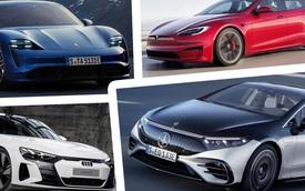 So găng Mercedes-Benz EQS cùng Porsche Taycan, Audi E-Tron GT và Tesla Model S: Càng ra mắt sau càng có lợi