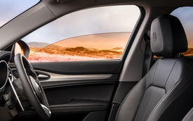Cá tháng tư của các hãng xe: BMW chơi độc với ý tưởng bỏ đèn xi-nhan, Mercedes giới thiệu nước hoa mùi 'tri thức'