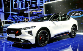 Hàng hot 5 chỗ Ford Evos lại gây sốt: Tái sử dụng làm mẫu SUV mới, màn hình dài tới 1,1 mét