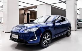 Huawei SF5 - Coupe SUV long lanh đầu tay của ông trùm công nghệ thế giới mới gia nhập làng xe được một tháng